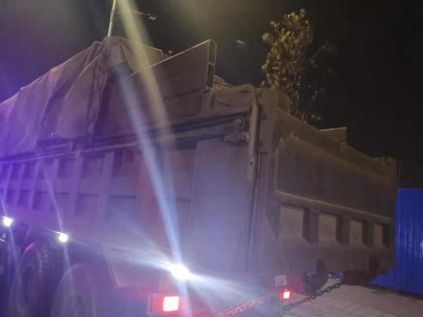 烟台交警超载整治行动 查获5辆超载货车